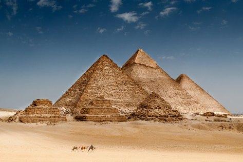 pyramidinsun
