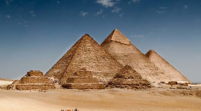 ANCIENT EGYPTIAN TEMPLES UNEARTHED &  RUINS OF A CITY FOUND IN ANTARCTICA?