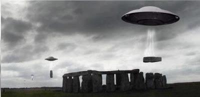 UFOS-stonehenge